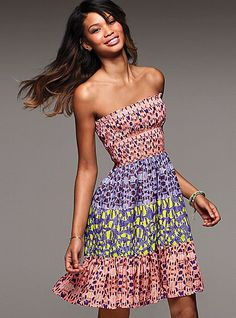 Printed. Eyelet. Sundress. Put them all together and you've got this sweet outfit for summer.
