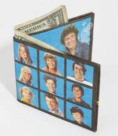 The Brady Bunch wallet Ann B Davis, The Brady Bunch, Good Ole, Kids Toys, Favorite Things, Bob, Craft Ideas, Wallet, Cool Stuff