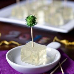 Champagne Jello Shots. Great for New Years, Bridal Showers, Bachelorette party. These are SO easy to make.
