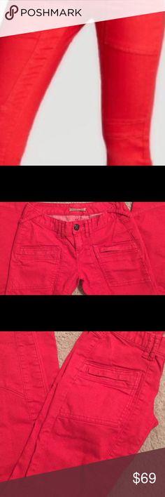 RED FREE PEOPLE CUTE PANTS FREE PEOPLE RED CUTE PANTS. FlAWLESS SIT. VERY FLATTERING AND SUPER COMFORTABLE. Free People Pants Skinny