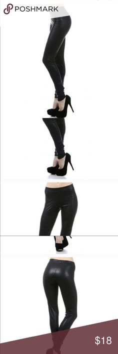 Faux leather leggings Faux leather leggings.....true to size Fashionomics Pants Leggings