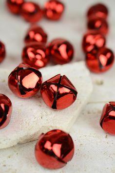 "20- 28mm (1"") Red Jingle Bells Bells"