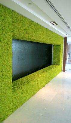 interior-design-stabilized-moss-frame