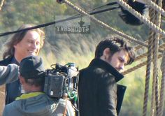Colin O'Donoghue & Robert Carlyle Sword Fight on Jolly Roger Set in Steveston - 14 October 2015