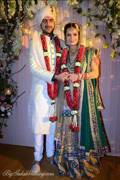 Dia Mirza and Sahil Sangha just after their Wedding Ceremony at Rosha Farms, Ghitorni, South Delhi, Oct 2014 Bollywood Wedding, Desi Wedding, Wedding Attire, Wedding Outfits, Wedding Ceremony, Indian Wedding Couple, Big Fat Indian Wedding, Indian Weddings, Wedding Couples