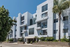FOR SALE - 520 S. Barrington Ave #303 - Brentwood - Agents Dan & Charlee Nessel