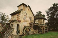 A Shire House!