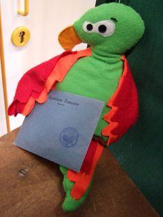 Doudou perroquet a voté!  www.funkysunday.com