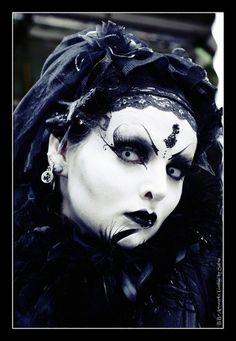 Neo-Victorian #Goth