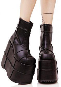 Demonia Stack Soul Stomper Platform Boots