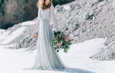 13 Amazing Snowy Photo Ideas for Your Winter Wedding via Brit + Co Bridesmaid dress Snow Wedding, Our Wedding, Wedding Shit, Wedding Stuff, Bridesmaid Dresses, Wedding Dresses, Bridesmaids, Bridal Shoot, Elegant