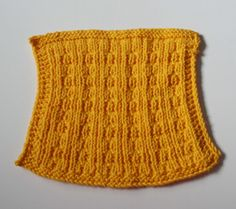 Melinda-Cloth-Gold