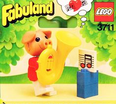 Tubby the pig and his tuba, set #3711 from LEGO's Fabuland series in 1984