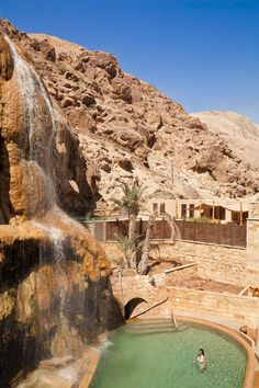 Evason Ma'in Hot Springs & Six Senses Spa - This Spa Resort in Jordan offers everything you need to relax. The natural Infinity Pool is simply amazing