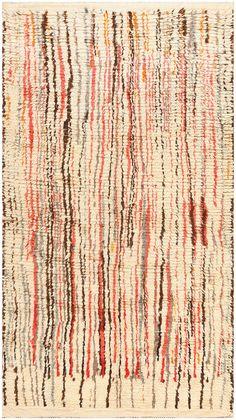 Vintage Moroccan Rug 48347 Detail/Large View - By Nazmiyal Berber Carpet, Berber Rug, Entryway Rug, Carpet Trends, Cheap Carpet Runners, Floral Rug, Natural Rug, Textiles, Small Rugs