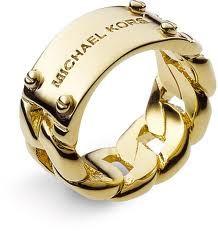 MK ring... & MK. Anillo