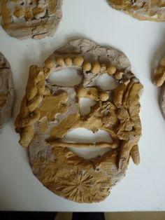 Maskers van klei