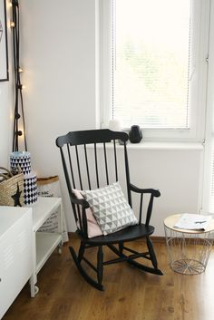 16 Living Room Interior, Rocking Chair, Feng Shui, Sweet Home, Interiors, Furniture, Black, Home Decor, Chair Swing