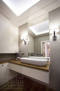 Stonowana łazienka
