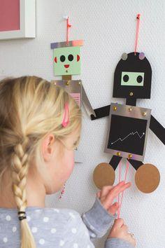 #Robot #zelfmaken #karton   for Bloesem