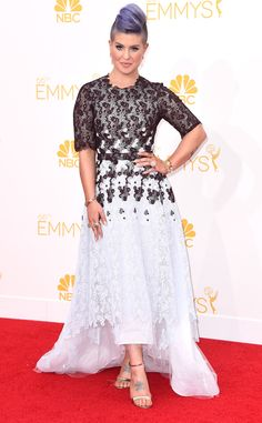 Kelly Osbourne's unique Emmys look leaves us speechless!