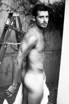 Julian Morris near nude pic so hot hot hot