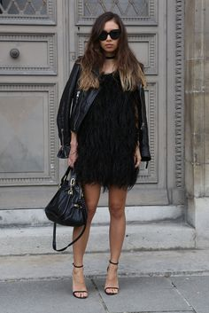 dababa37c3ad 78 Best Back to Black images   Feminine fashion, Fall fashion, Woman ...