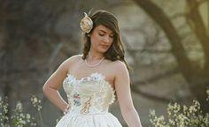 Rustic Wedding Gowns, Wedding Dresses, Bodice, Romance, Lace, Fashion, Bridal Dresses, Moda, Bridal Gowns