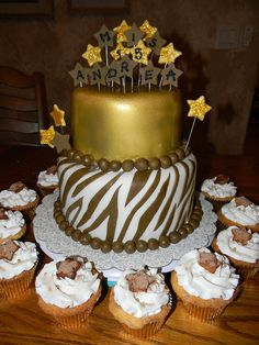 Gold and Brown Quince Cake by Belindacakes, via Flickr