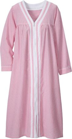 Seersucker zip front robe features ruffled detail and floral embroidery. Make this lightweight cotton robe your cover-up after a shower or wear over sleepwear. Linen Dresses, Cotton Dresses, Dresses With Sleeves, Pajama Outfits, Casual Outfits, Fashion Outfits, Night Gown Dress, Cotton Nighties, Nightgown Pattern