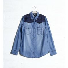 chemise en jean, oversize, brodée, fermeture boutonnée, manches roll-up, 2 poches poitrine