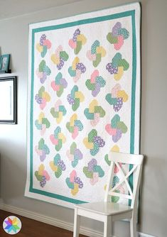 Winsome quilt pattern from the Fresh Fat Quarter Quilts book by Andy Knowlton of A Bright Corner Fat Quarter Quilt, My Sewing Room, Book Quilt, Quilt Patterns Free, Easy Sewing Projects, Fat Quarters, Quilting Designs, Wall Design, Quilt Blocks