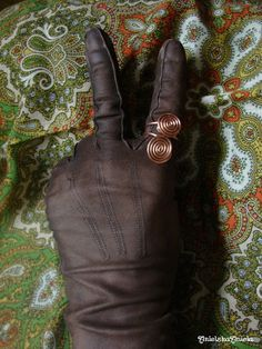 DIY..Tutorial..Przerabiamy skórzane rękawiczki ..gloves...