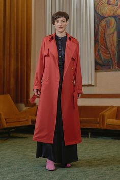 BKV - trench coat with KOBANYA - gathered satin evening dress Trench, Evening Dresses, Duster Coat, Women Wear, Satin, Contemporary, Jackets, Collection, Fashion
