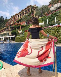 "Belmond Hotel Splendido - ""Um Brinde A Dolce Vita Italiana"" - Silvia Braz Silvia Braz, Ankle Jewelry, Anklet Bracelet, Bracelets, Photo L, Bare Foot Sandals, High Waisted Skirt, Ballet Skirt, Boho"