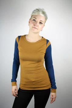Longsleeves - Longsleeve Baumwolle ocker blau - ein Designerstück von JAQUEEN-handmade-streetwear-berlin bei DaWanda