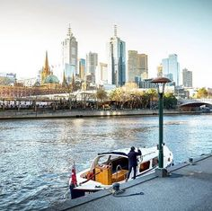 Board one of the many river craft at Southgate or Princes Walk or travel along the Yarra in your own boat to visit attractions such as Melbourne Park for the Australian Tennis Open, the Royal Botanical Gardens and Herring Island Park. The Yarra River is now the undisputed social heart of marvellous Melbourne. Captured by @os.chin #visitmelbourne #visitvictoria