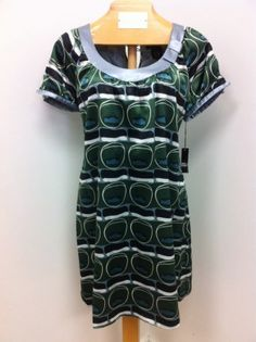 retro look with this new BCBG dress (large)