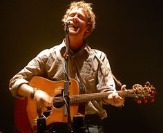 Glen Hansard and The Frames. Ireland's most popular live band. Glen Hansard, Metro Theatre, Soundtrack To My Life, Live Band, Music People, Film Books, Girl Dancing, Latest Music, Music Is Life