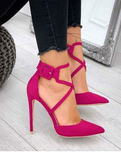 Nice pink shoes with dark jeans Nice pink shoes with dark jeans Pink Shoes, Hot Shoes, Women's Shoes, Me Too Shoes, Shoe Boots, Pink Pumps, Pastel Shoes, Hot Pink Heels, Pink High Heels