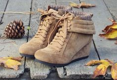 8 Autumn and Fall Booties <3 in black and blue
