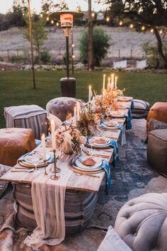 This bohemian dinner party combines cocktails with s& - . - This bohemian dinner party combines cocktails with s& - Beach Dinner Parties, Outdoor Dinner Parties, Dinner Party Table, Picnic Parties, Outdoor Party Decor, New Years Dinner Party, Outdoor Cafe, Outdoor Events, Summer Parties