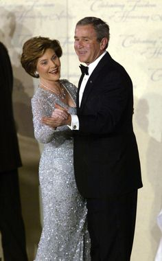 Just compare them to the the total mess we have in our White House now. President Bush and first lady Laura Bush dance at the Freedom Ball during inauguration festivies in Washington Thursday, Jan. Presidents Wives, American Presidents, American History, Presidential Portraits, Presidential History, Georg Bush, Fashion Face, Fashion Photo, Laura Bush