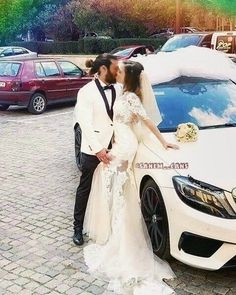 Turkish Men, Turkish Actors, Wedding Car, Wedding Dresses, Best Tv Series Ever, Cute Love Couple, Love Is In The Air, Photo Couple, Couple Aesthetic