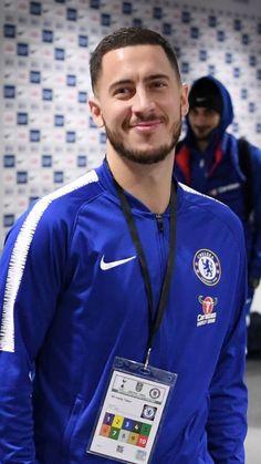 Soccer Guys, Football Boys, Football Players, Fc Chelsea, Chelsea Football, Chelsea Fc Wallpaper, Eden Hazard Chelsea, James Rodriguez, Football Program