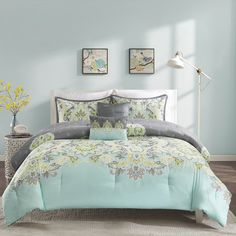 The Intelligent Design Jade Comforter Set provides a mature update to your space with its decorative paisley design. The charcoal grey and soft teal provide the perfect base for the pops of yellow and green in the motif.