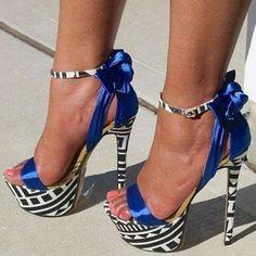 Contrast Color Dress Sandals