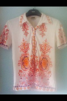 Colourful 80s cotton shirt by Makenzievelvet on Etsy What a groovy shirt .. Love vintage