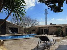 Casa con piscina para 4 personas en Búger, Mallorca.   #vacaciones #viviendas #verano #turismo #mallorca Para más info: holidays10.com/