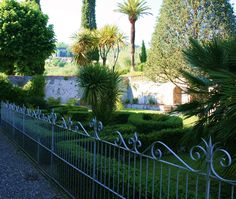 Real estate Italy, Tuscany property for sale, Lucca Historic villa hills north. www.lucaevillas.it